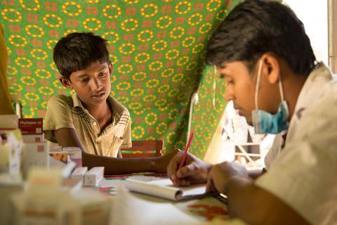 As IOM Marks 400,000 Medical Consultations During Rohingya Refugee Crisis, Funding Shortfall Brings New Threat to Lives